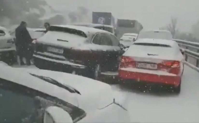 На Испанию обрушился мощный снегопад