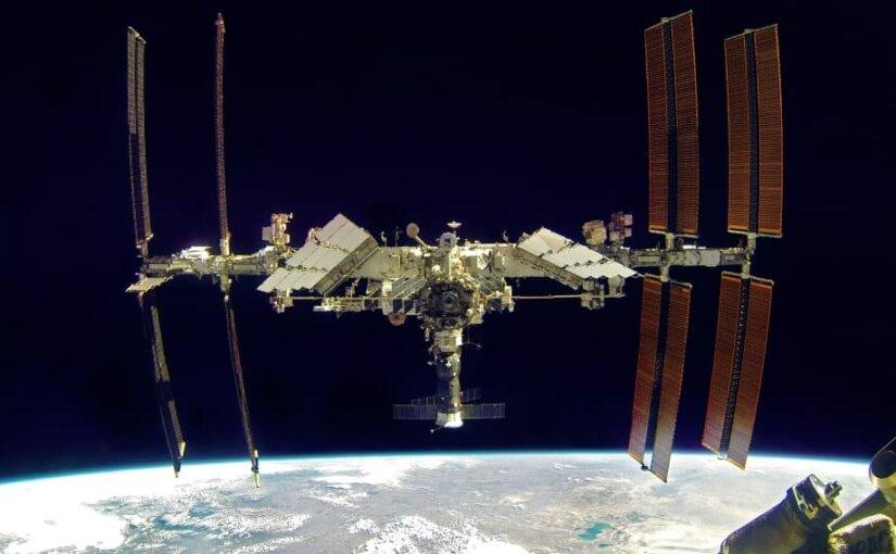 Ученые предлагают разместить на МКС орбитальный лазер для борьбы с космическим мусором