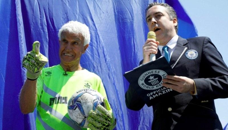 Самый пожилой футболист в мире играет за один из клубов Израиля