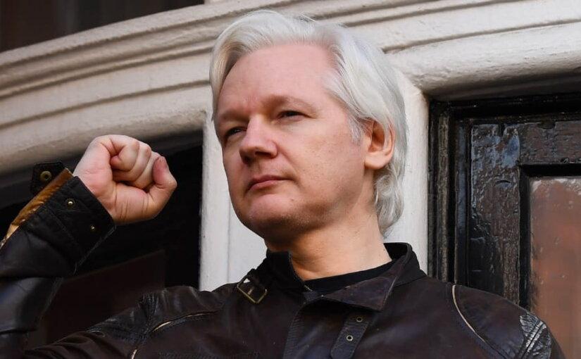 WikiLeaks: Ассанжа в ближайшее время могут выслать из посольства Эквадора