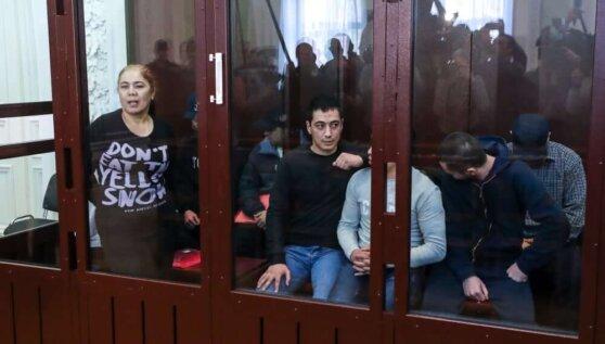 Все фигуранты дела о взрыве в метро Петербурга не признали вину