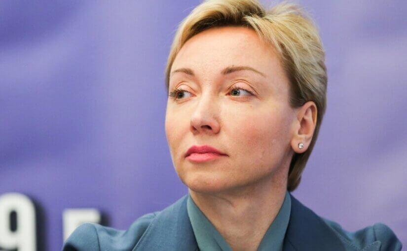 ЦБ выступил за перечисление зарплат россиянам по номерам телефонов