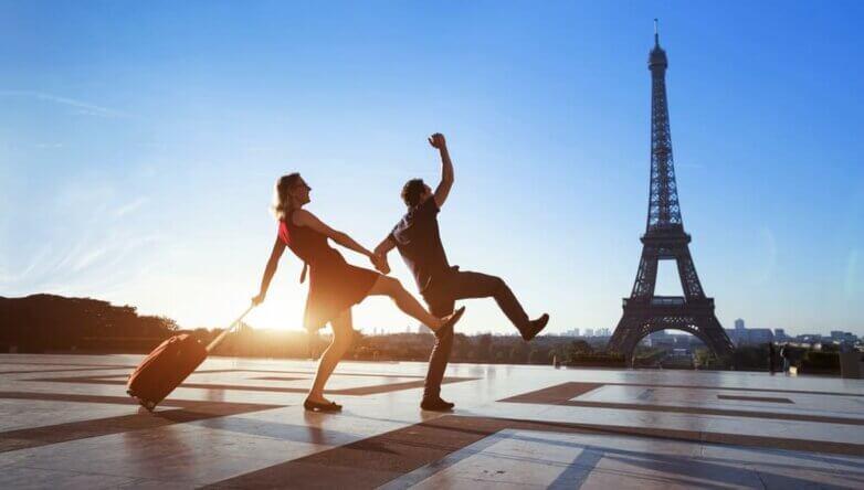 Туристы, Париж, Франция, некультурные, сумасшедшие, безумные