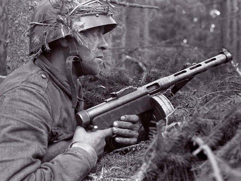 """Финский солдат с ПП """"Суоми"""""""