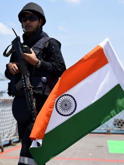 Индийский военный / Malabar Exerciise 2017-Indian Navy Ship-INS-Guard-Soldier