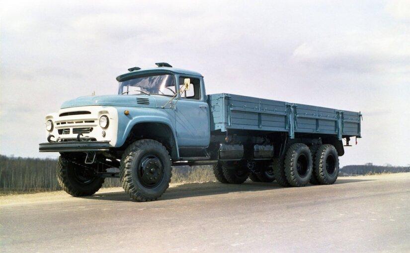 В России появились в продаже новые грузовики ЗИЛ-133