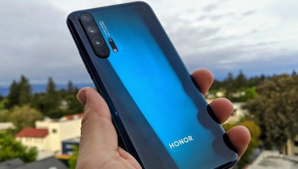 Honor представил новые модели смартфонов