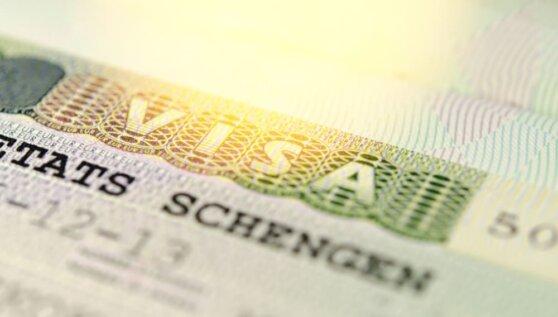 Названа ориентировочная дата возобновления выдачи шенгенских виз в России