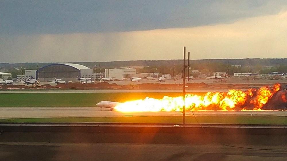 Аварийная посадка SSJ-100 в Шереметьево