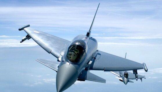 Британские истребители сопровождали российский самолет над Балтикой