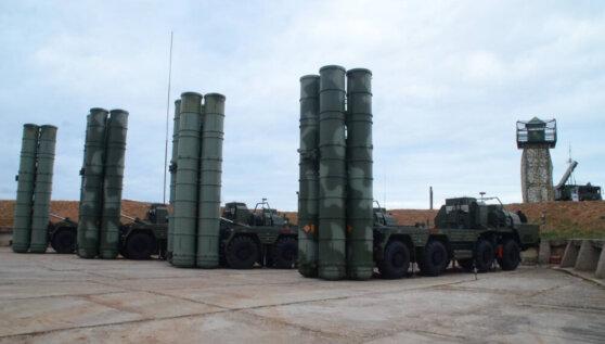 Россия начала поставки систем С-400 в Турцию