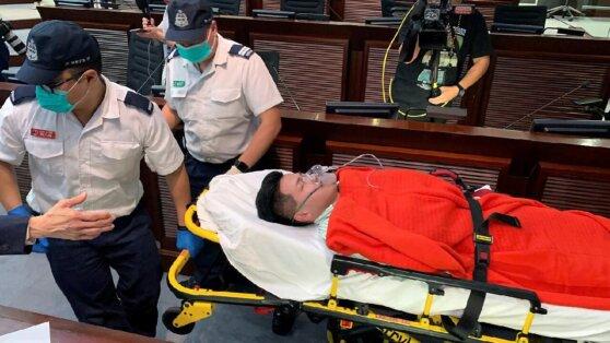 В парламенте Гонконга произошла массовая драка из-за закона об экстрадиции