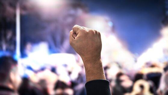В нескольких городах США введен режим ЧС из-за массовых беспорядков