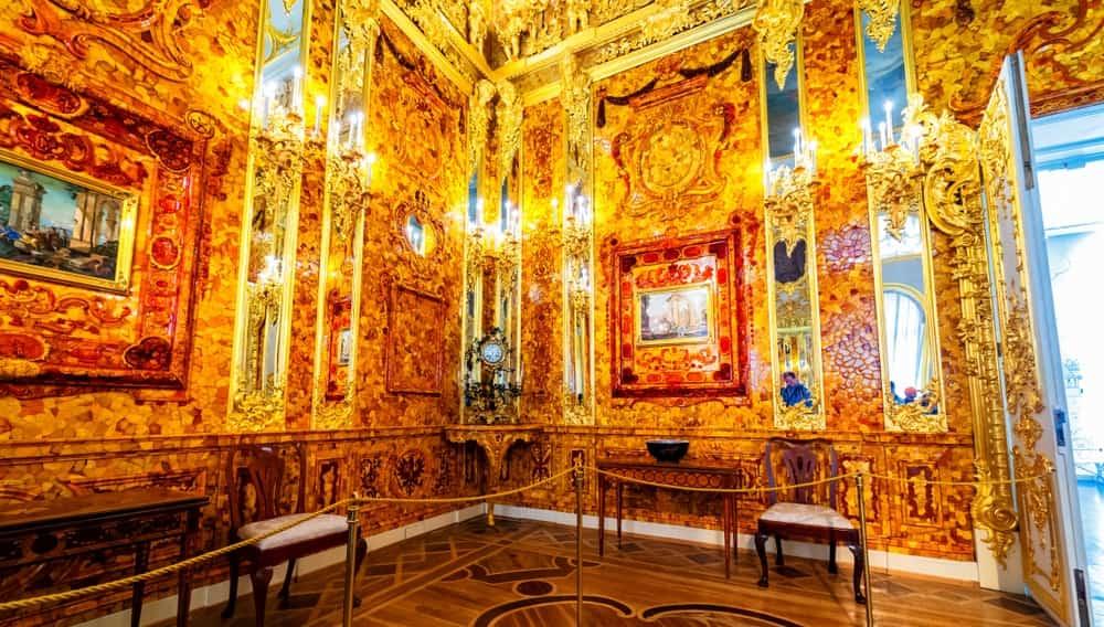 Порнуха в янтарной комнате
