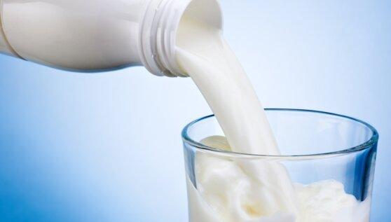 Ученые рассказали о вреде молока