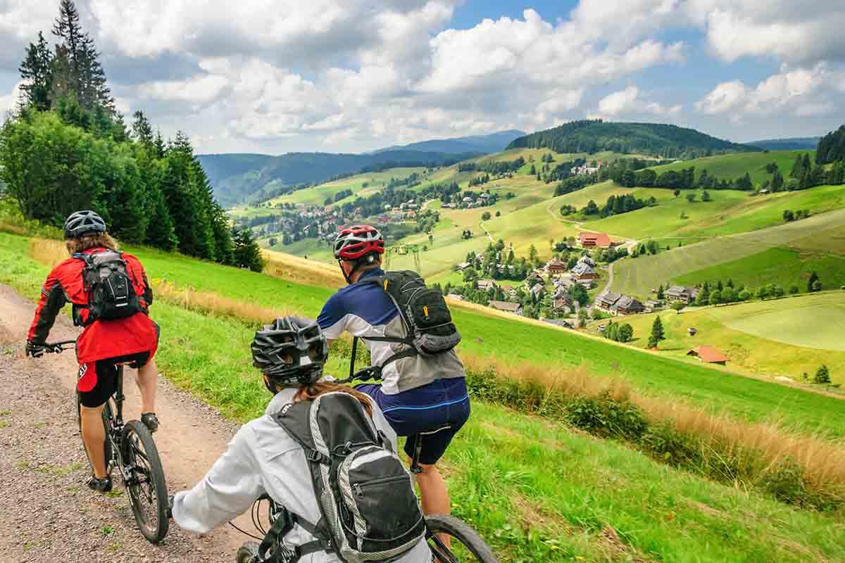 Интерес к спортивному туризму стремительно растет во всем мире. Россия не исключение