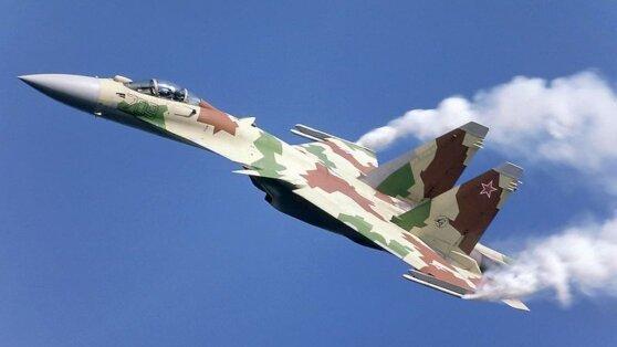 ВМС США обвинили российские Су-35 в «небезопасном» перехвате их самолета-разведчика