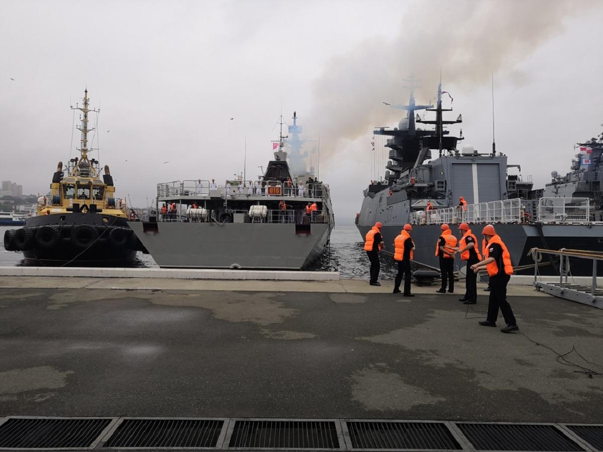 Боевой корабль Военно-морских сил Вьетнама впервые прибыл во Владивосток
