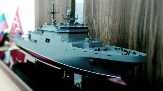 В Петербурге представили проекты корабля «Кайман» и авианосца «Ламантин»
