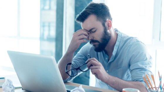 Психолог назвал способы борьбы с эмоциональным выгоранием