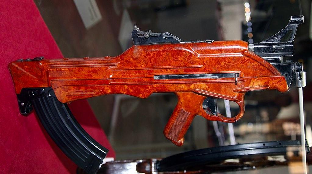 Автомат Коробова ТКБ-022ПМ в тульском Государственном музее оружия