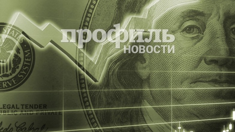 Во вторник рубль вырос к доллару и евро на старте торгов
