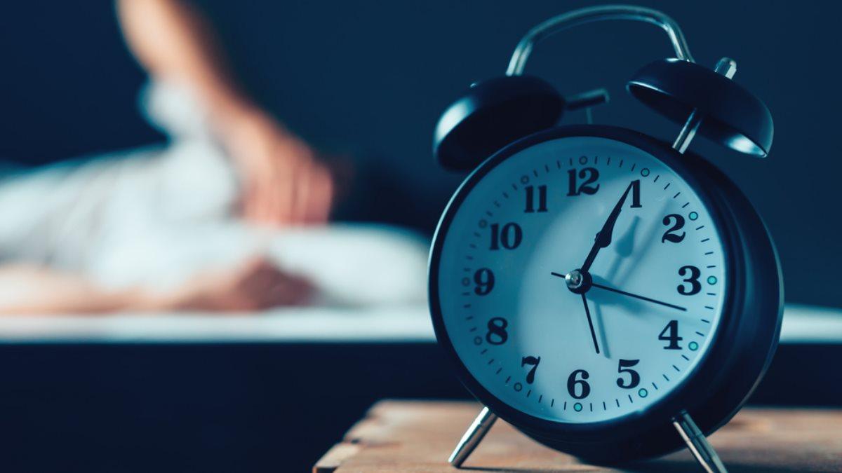 Названы риски длительного недосыпания