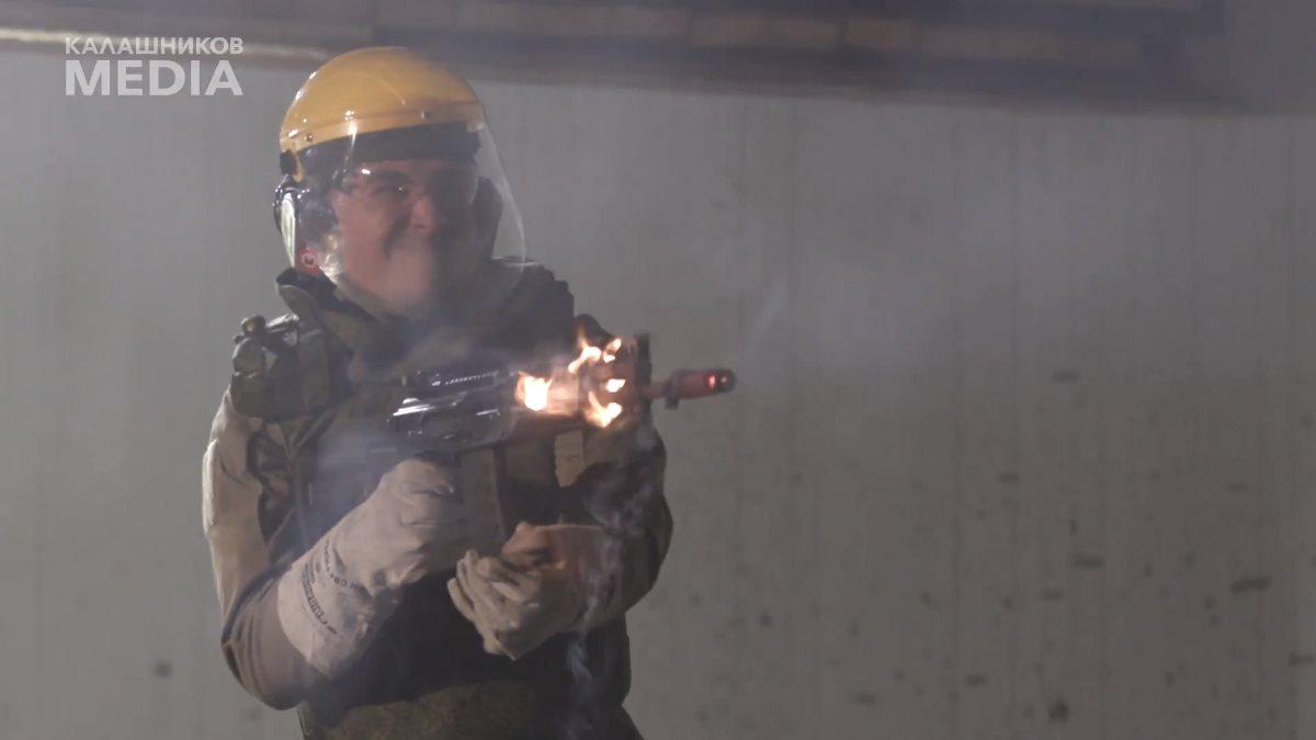 Появилось видео испытаний автомата АК-12 до разрыва ствола