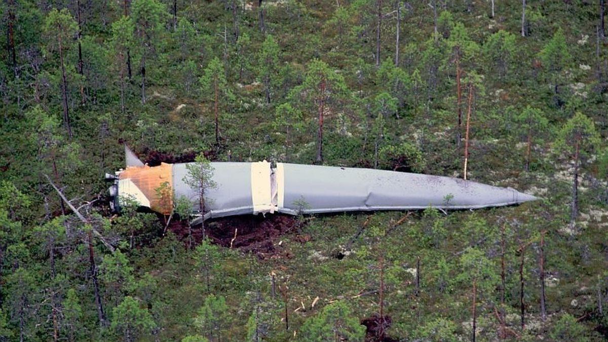Власти Алтая обвинили Роскосмос в захламлении тайги обломками ракет