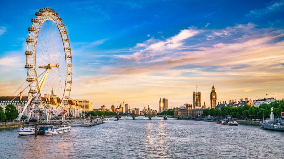 Знаменитое лондонское колесо обозрения празднует 20-летие