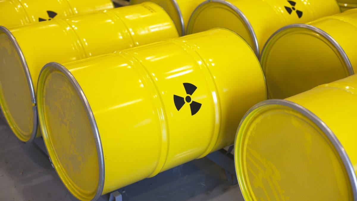 В Россию снова начали ввозить радиоактивные отходы