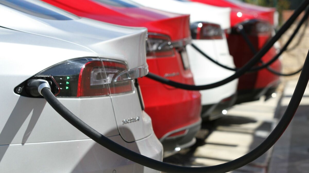 В России растёт рынок электромобилей с пробегом