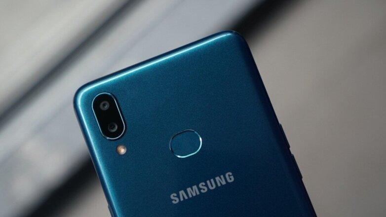 Стало известно название нового самого дешевого смартфона Samsung
