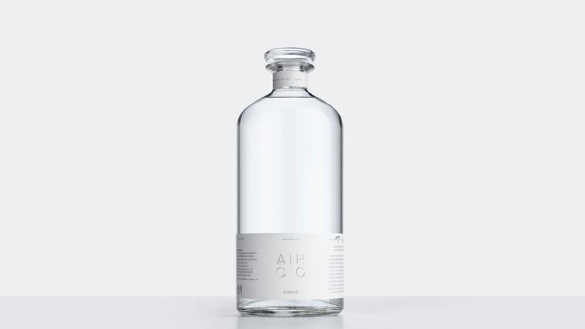 В США научились делать водку из воды и воздуха