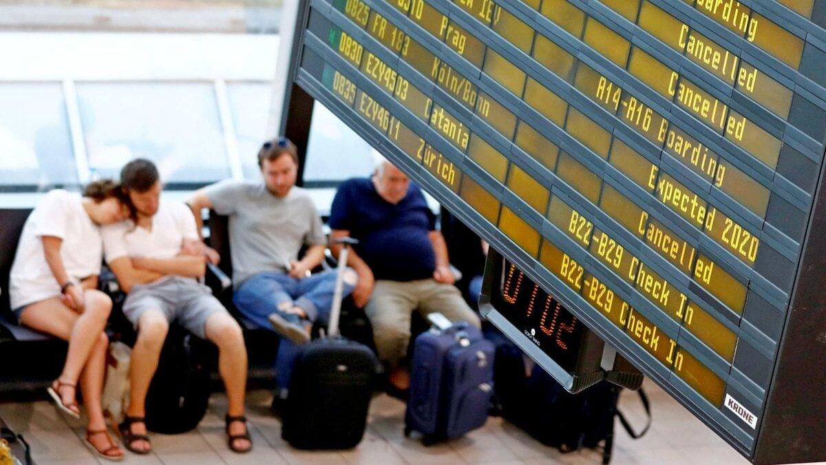 Туристы назвали самые раздражающие на отдыхе факторы