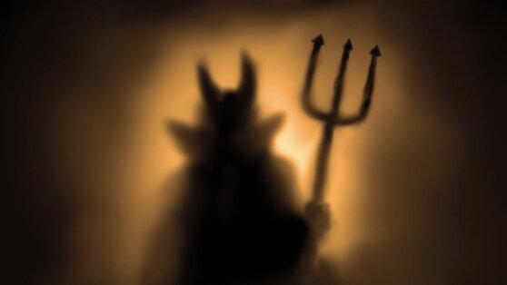Учёные нашли связь между развитием эпидемий и верой в дьявола