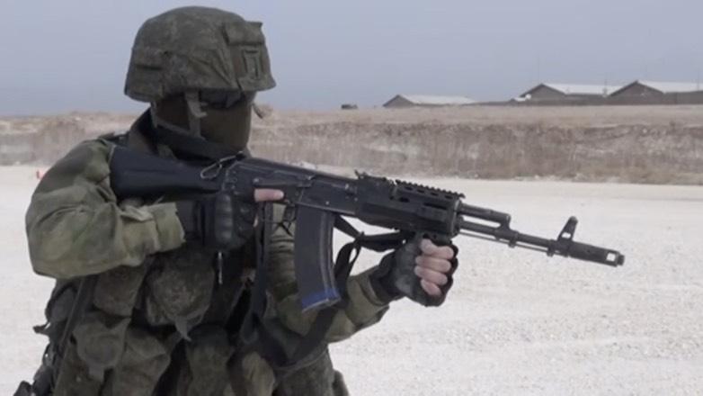 Появились кадры высадки российских военных на бывшей базе США в Сирии