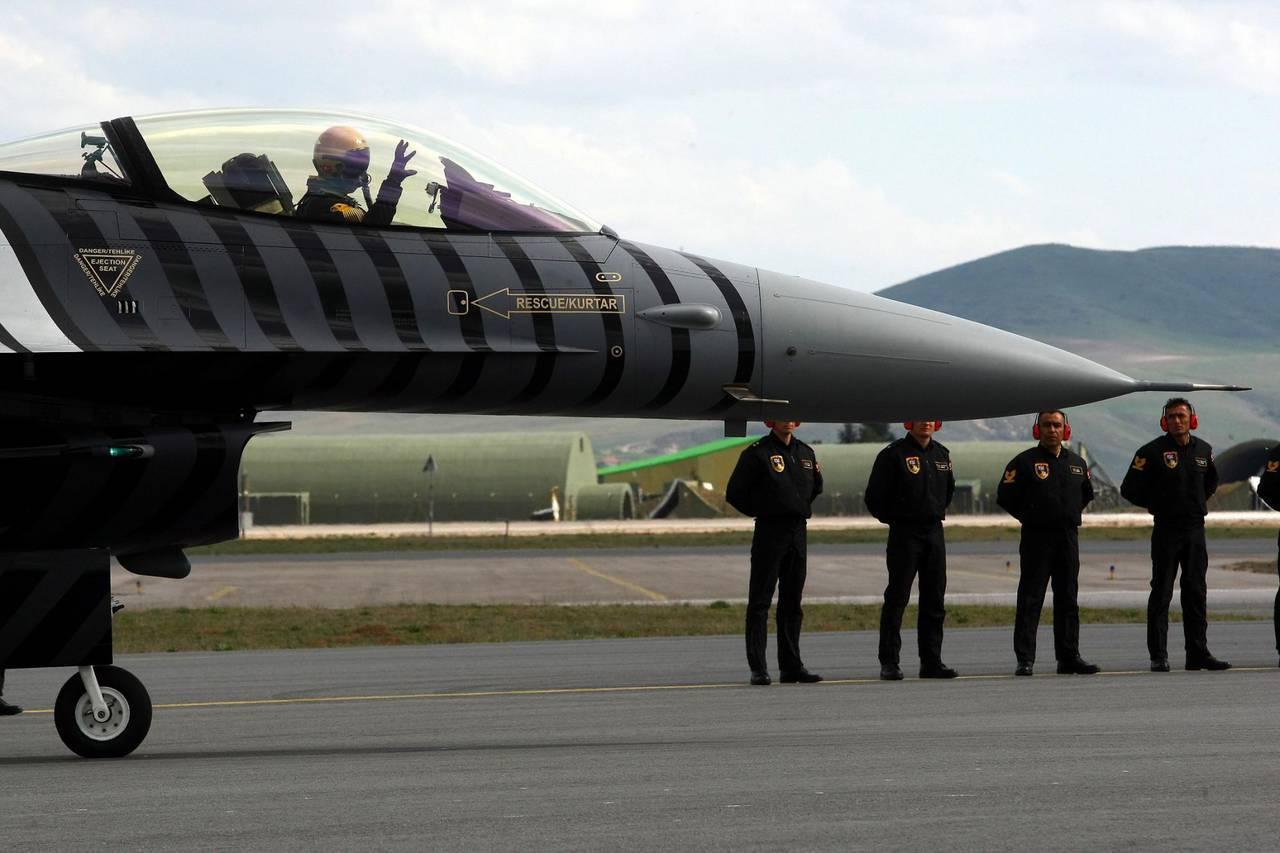 Турция пригрозила США закрыть все базы НАТО на своей территории