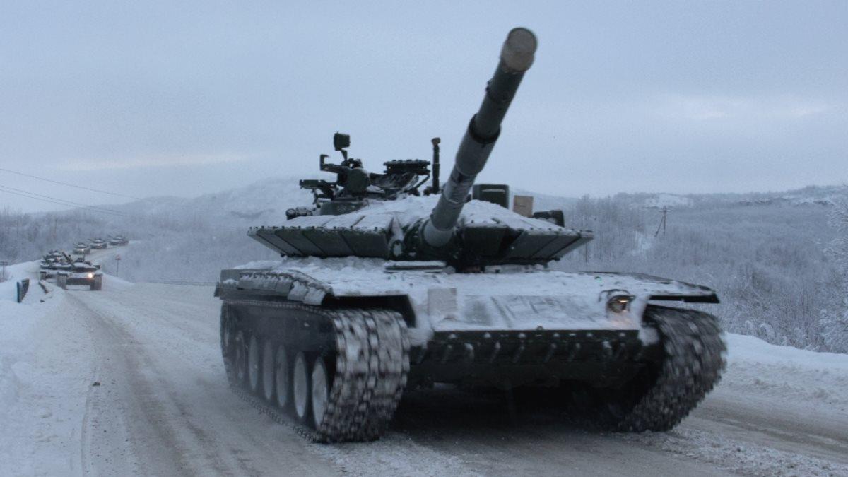 Модернизированные танки Т-80БВМ поступили в войска