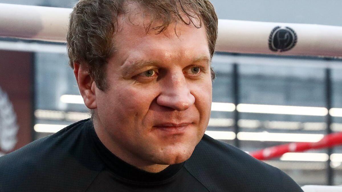 Емельяненко обещал «побить» олимпийского чемпиона по боксу