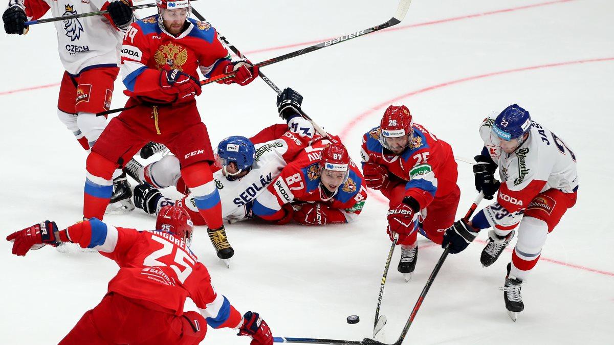Российские хоккеисты обыграли чехов по буллитам на Кубке Первого канала