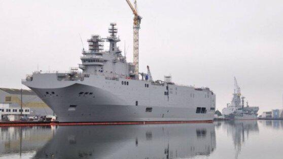 Россия возобновит строительство десантных вертолетоносцев