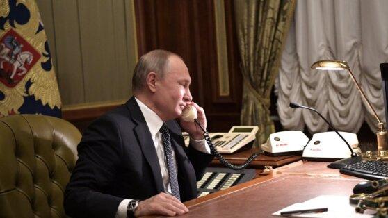 Путин, Меркель и Макрон обсудили по телефону ситуацию в Идлибе