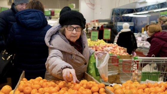 В Сети появился видеоролик о ценах на продукты в Киеве и Донецке