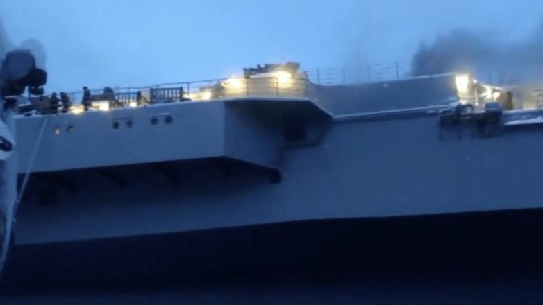После пожара на крейсере «Адмирал Кузнецов» нашли тело военнослужащего