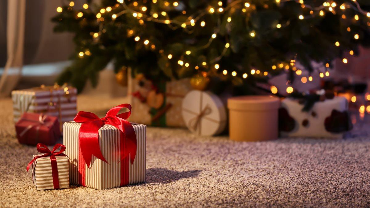 Россиянам дали советы по выбору новогодних подарков