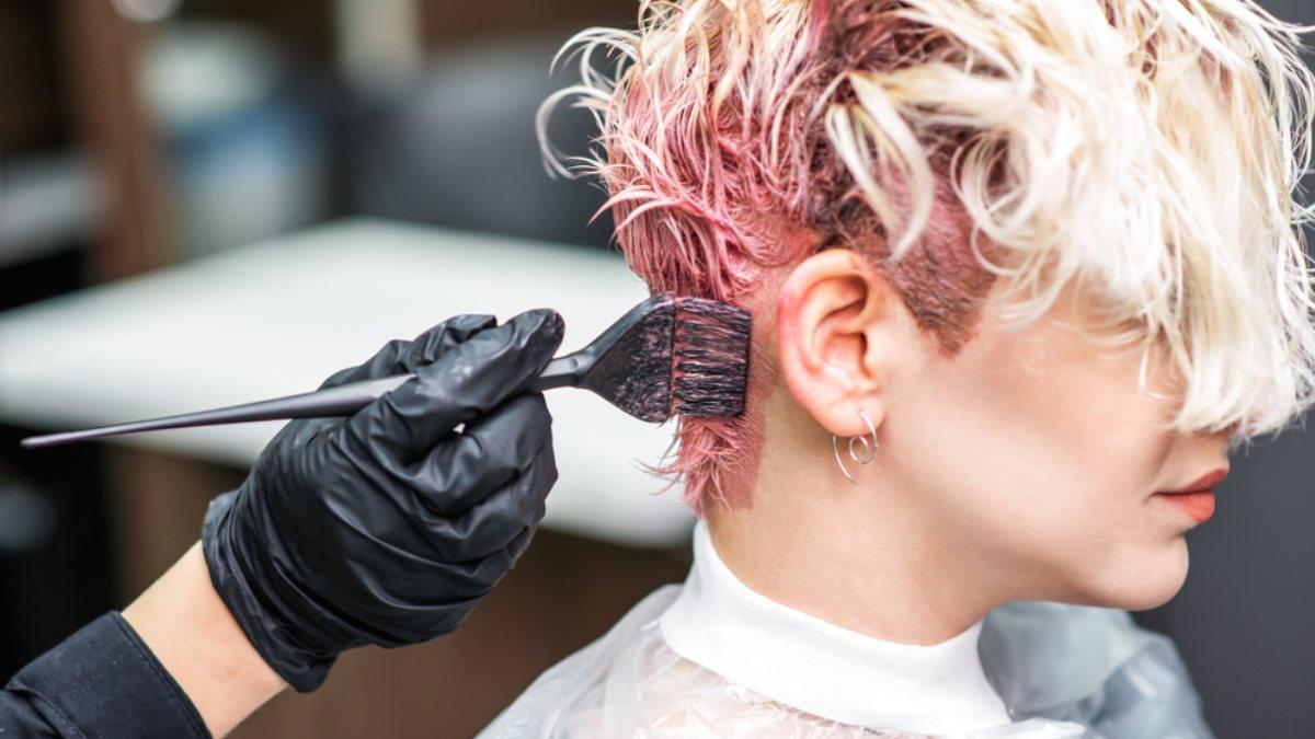 Ученые сообщили о смертельной опасности красок для волос