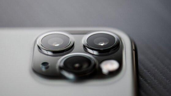 Названы технологии, обеспечившие прорыв в разработке мобильных фотокамер