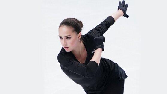 Загитова возобновила тренировки и показала фирменный каскад