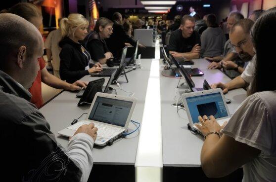 Лебединая песня: почему настольные компьютеры и ноутбуки исчезнут с рынка
